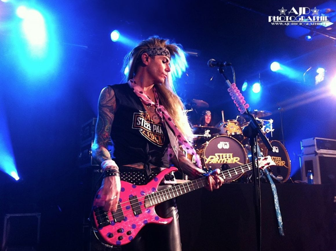 Steel Panther: Lexxi Foxx in Frankfurt am 18.03.2012 - Foto: Andrea Jaeckel-Dobschat (iPhone 4)