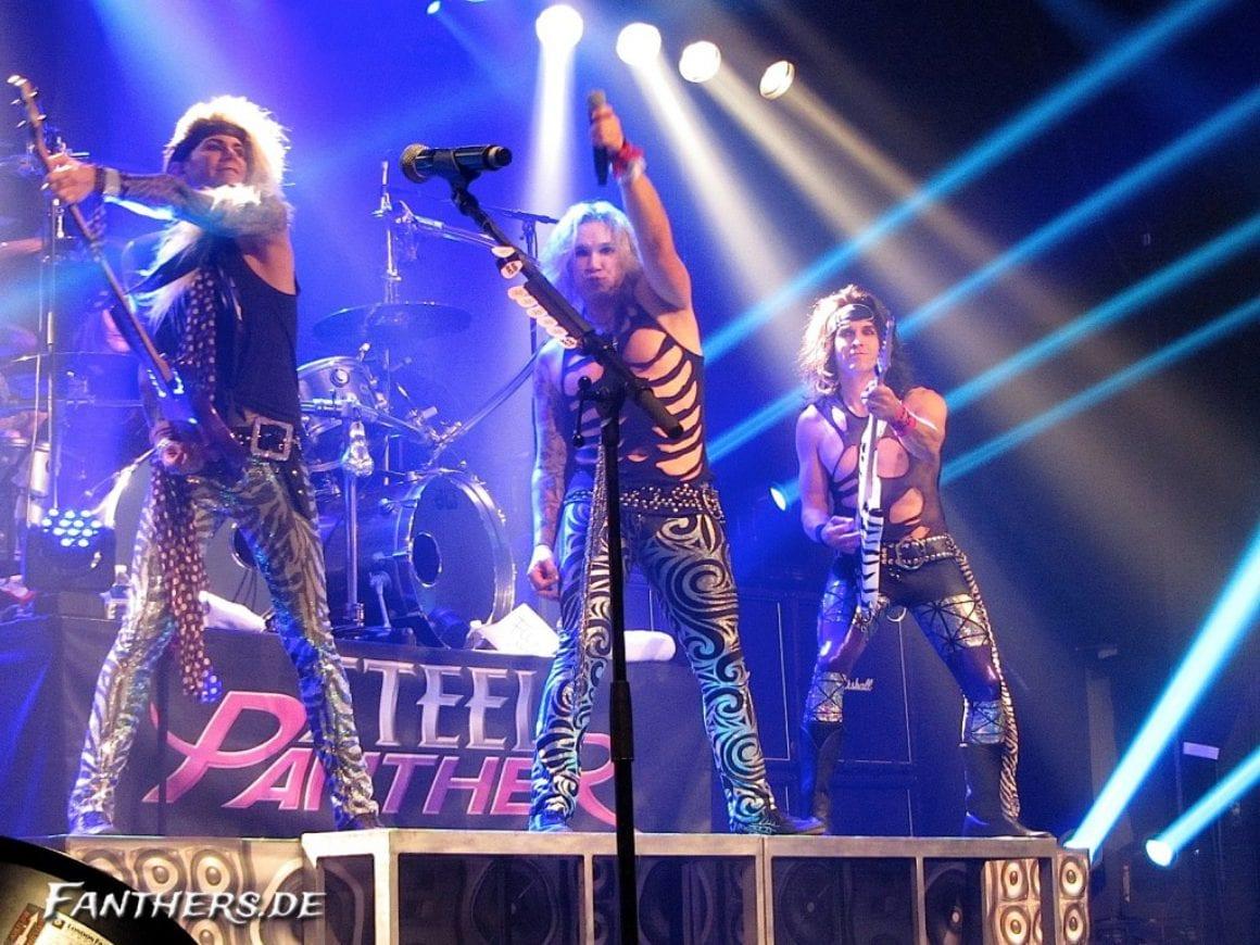 Steel Panther Le Bataclan Paris, 30.10.2012 - Foto: Andrea Jaeckel-Dobschat