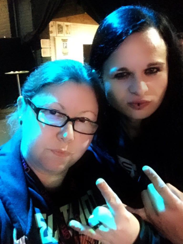 Selfie mit Jim Müller (Kissin' Dynamite) in der Alten Seilerei am 01.04.2016